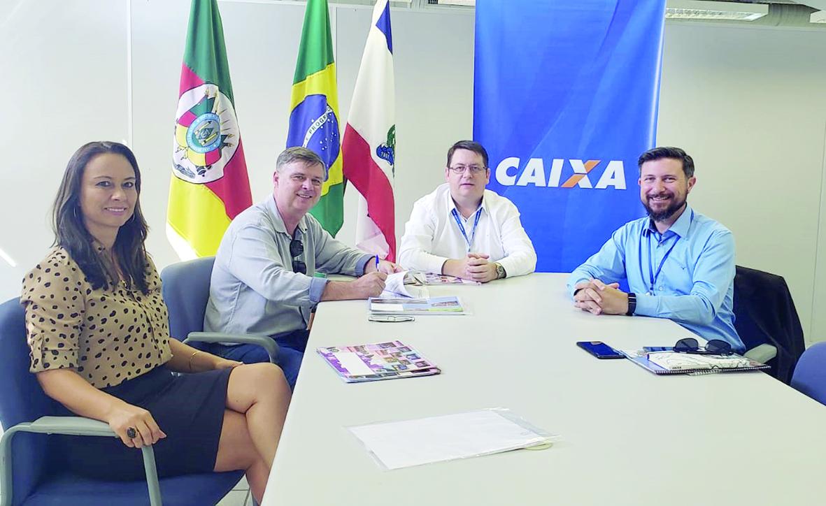 Colinas garante recurso de  R$ 2,6 milhões para asfalto