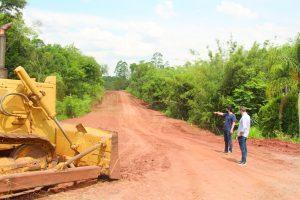 Começa obra de asfalto no Distrito Industrial