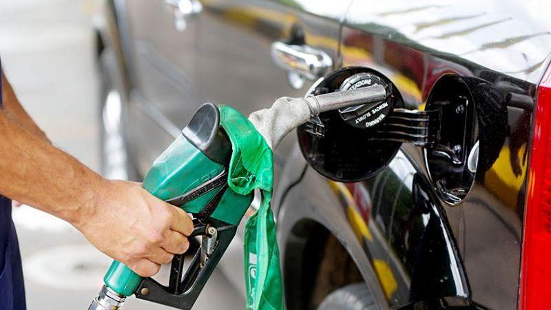 Gasolina: preço médio de R$ 5,55