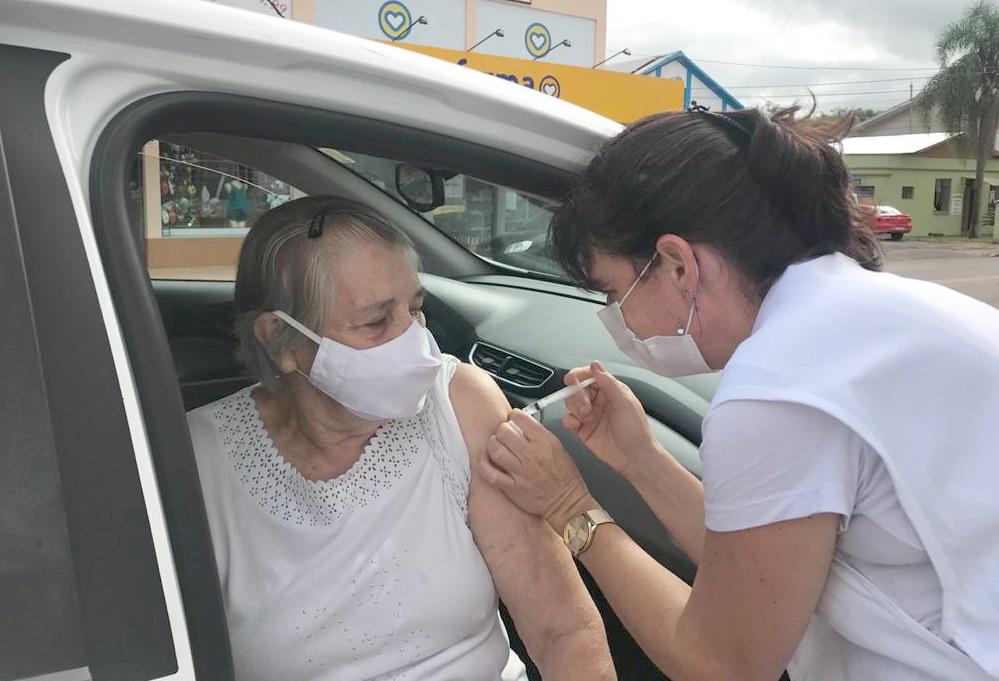 Inicia hoje vacinação de idosos com mais de 65 anos em Imigrante